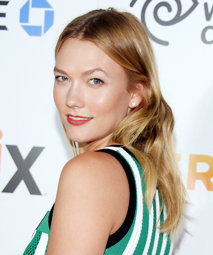 Karlie Kloss's Ode to Summer Instagram Is Basically All of Us