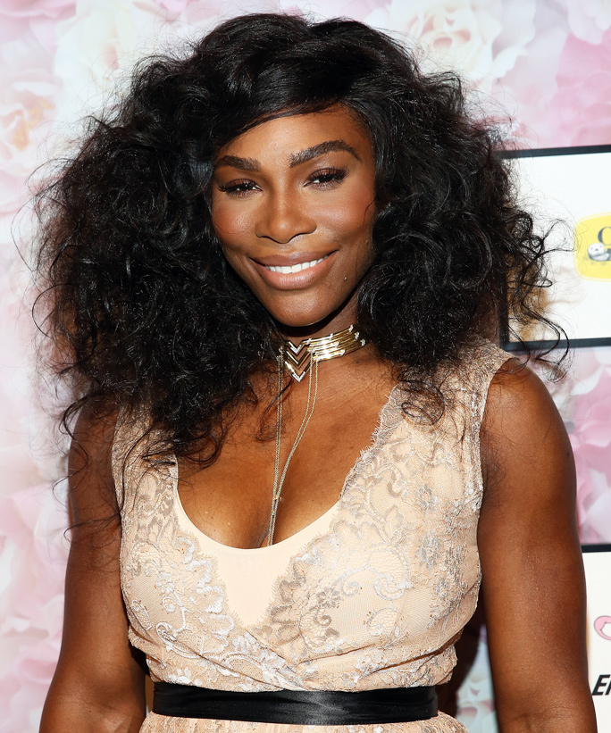 Serena Williams Delivers an Ace Street Style Moment During Milan Fashion Week