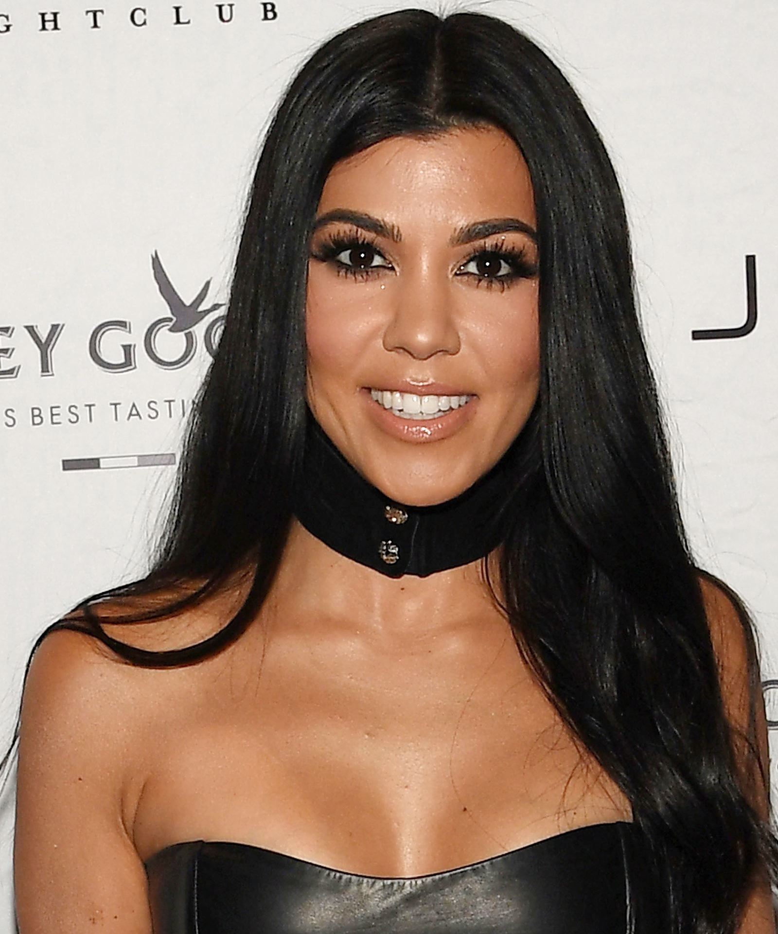 Kourtney Kardashian Thanksgiving - LEAD