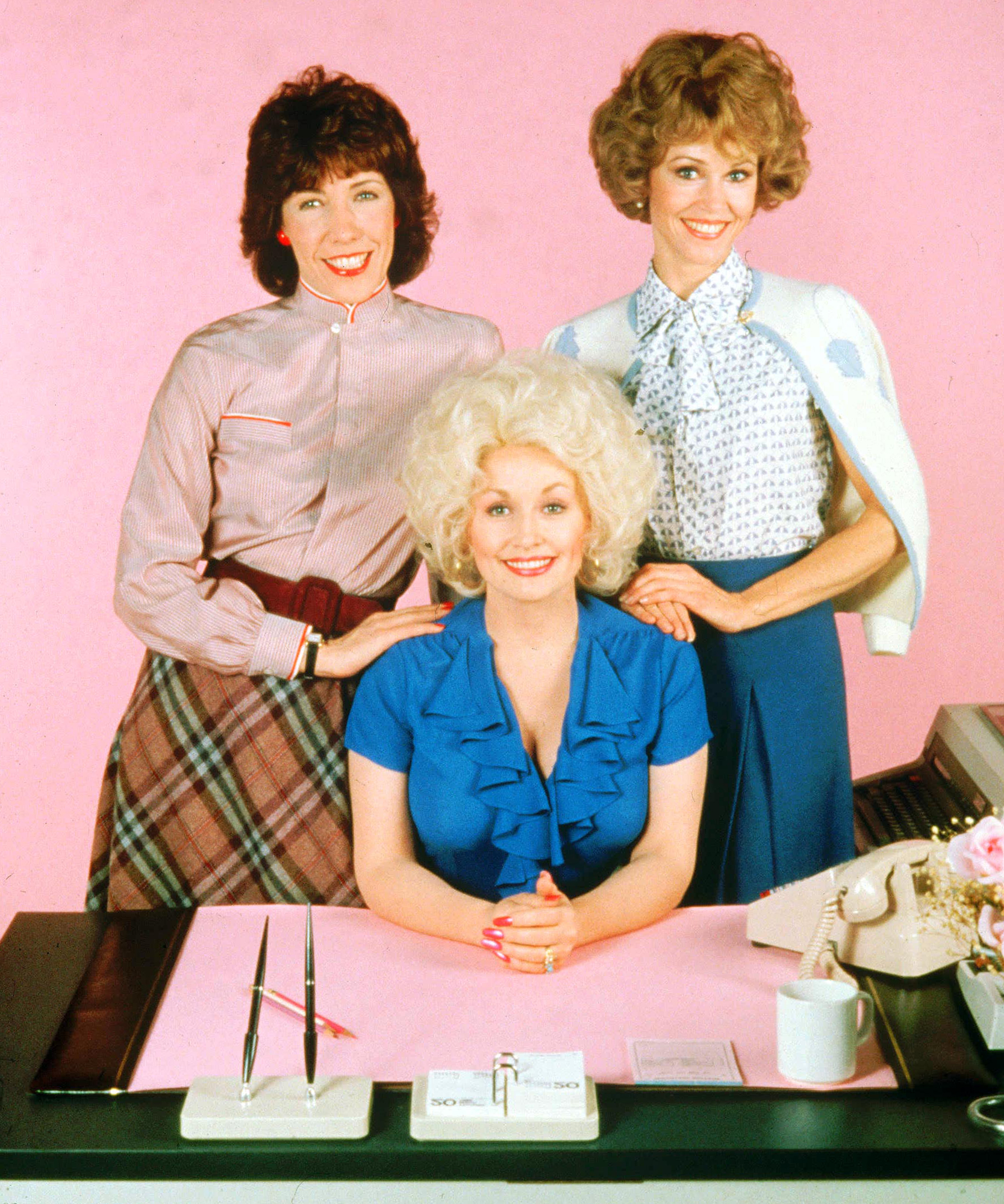 The Story Behind Lily Tomlin Wanting to Quit <em>9 to 5</em> After a Week