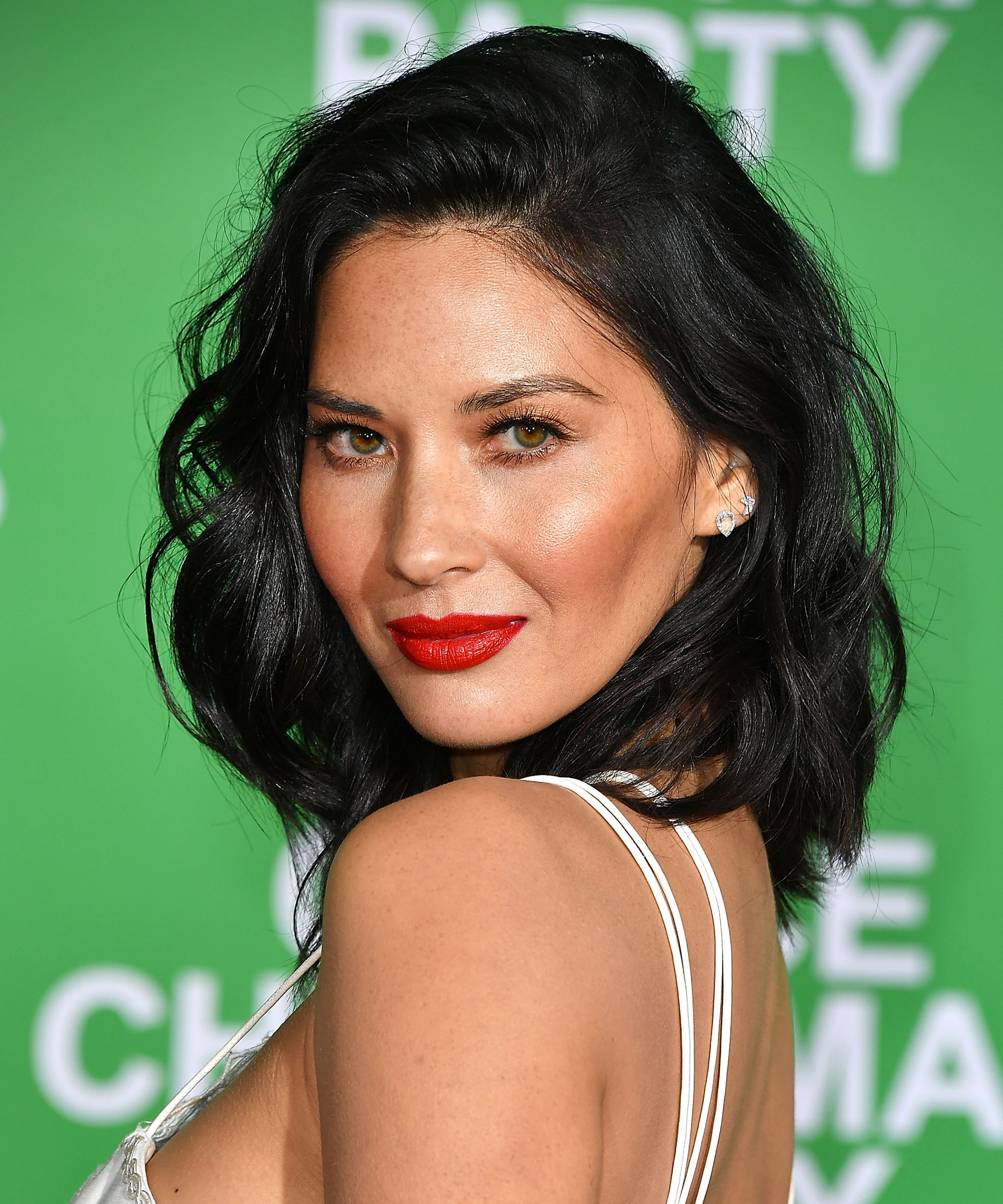 Olivia Munn Is a Golden Glamazon in Her Daring <em>Ocean's Eight</em> Gown