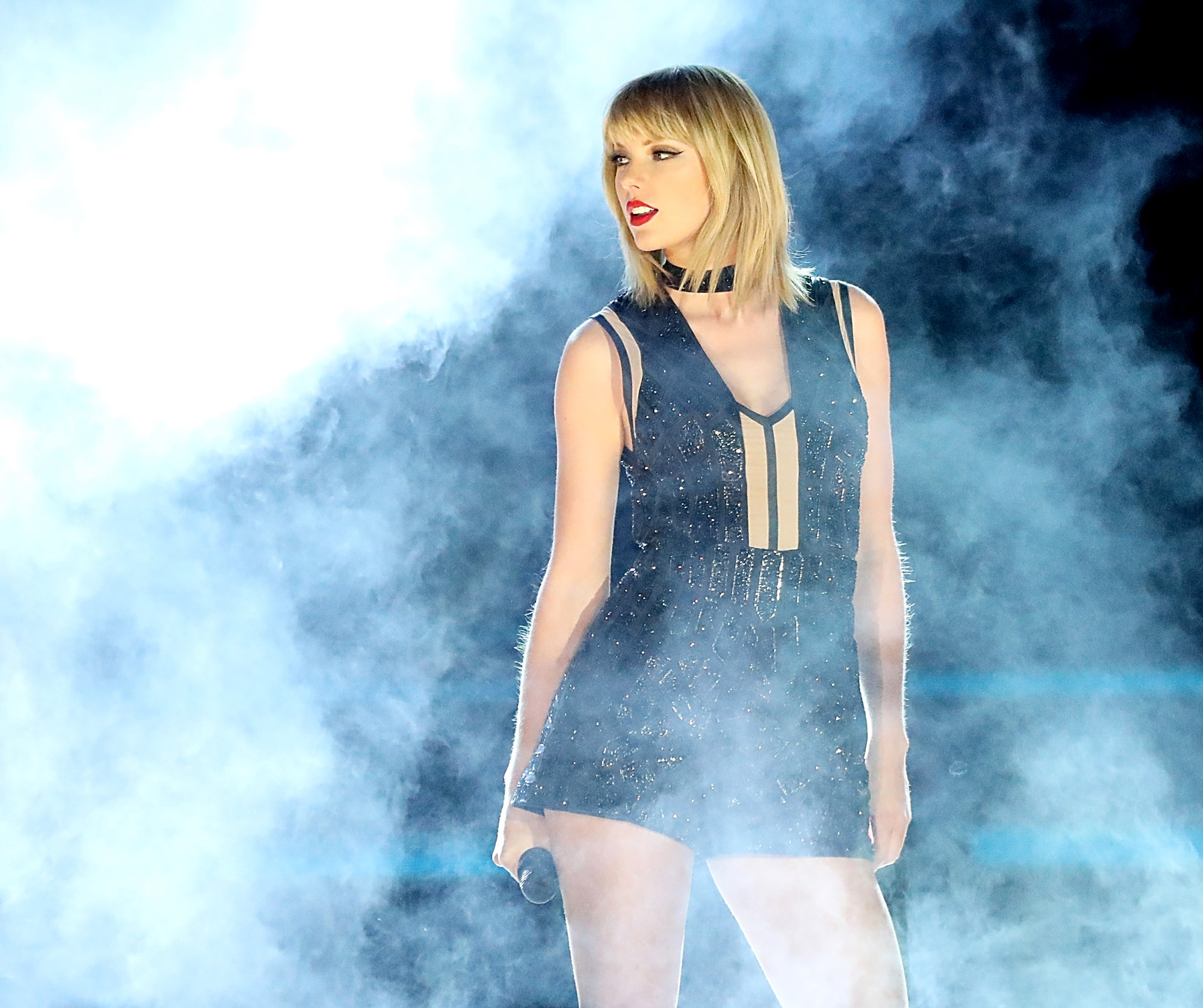 Taylor Swift Shares First Concert Dates for <em>Reputation</em> Stadium Tour