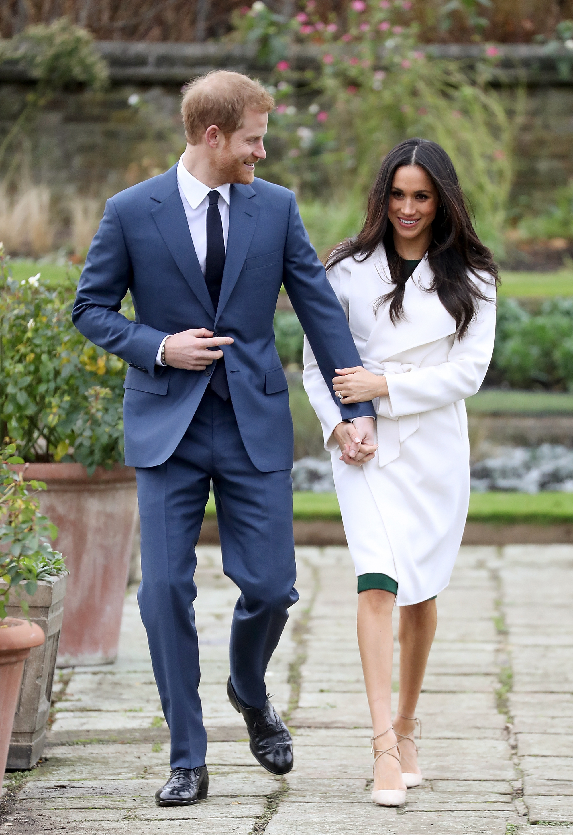 Meghan Markle and Prince Harry Engaged - Embed 3