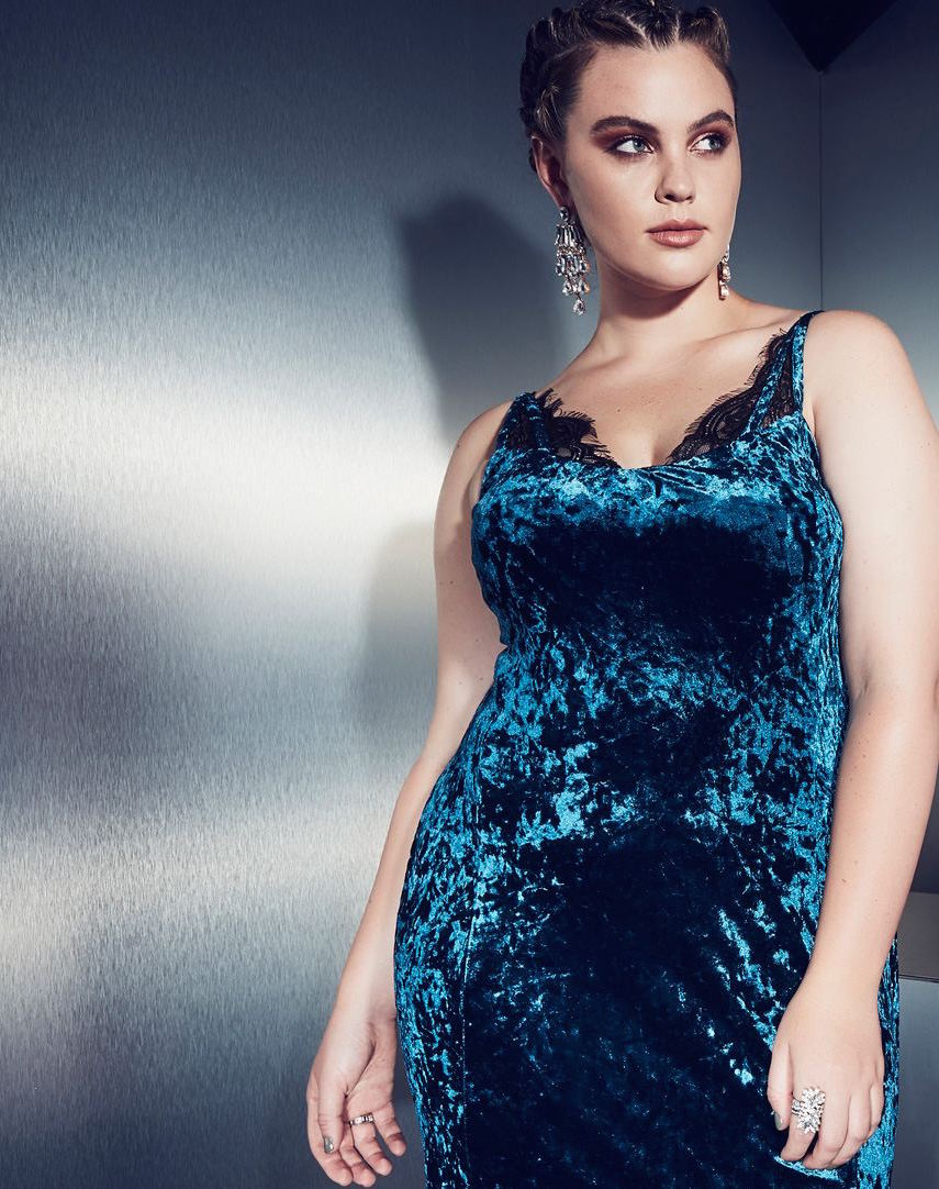 8 Curve-Friendly Valentine's Day Dresses for Date Night