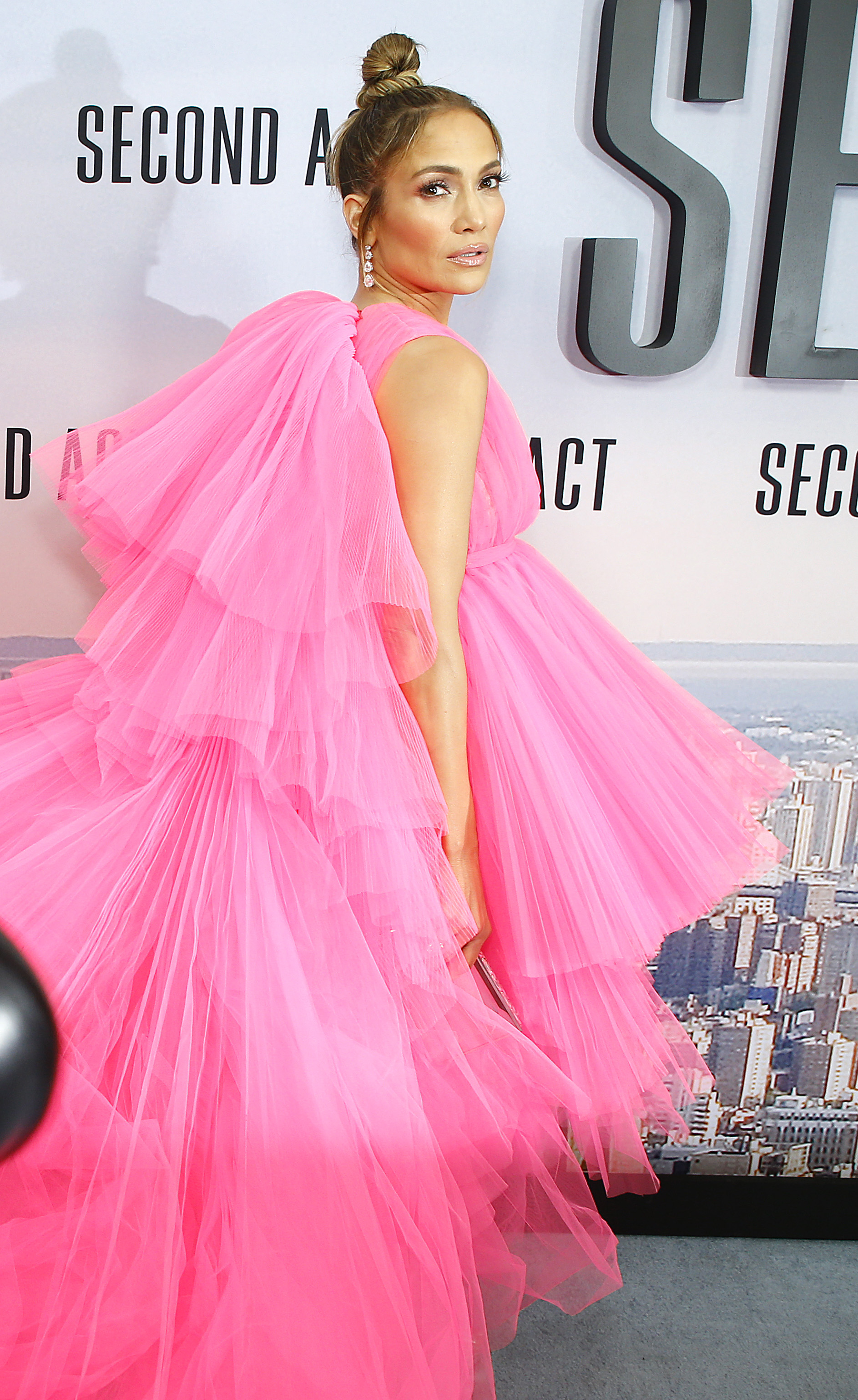 50 Times Jennifer Lopez's Red Carpet Dress Was So Stunning, We Wanted to Stand Up and Clap