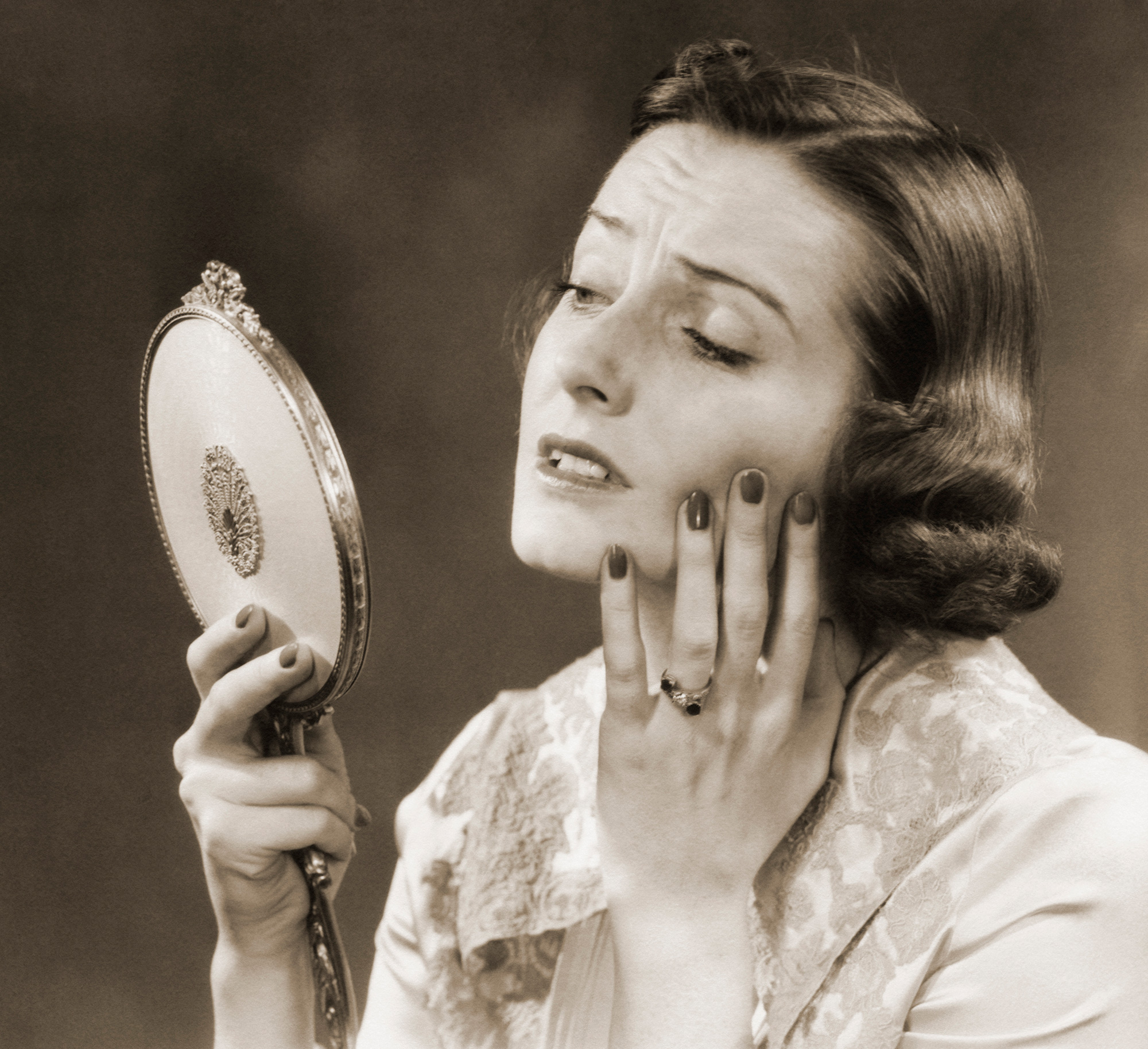 """Skin Cancer or Just a Spot? What to Do When You See Something """"Strange"""" On Your Skin"""