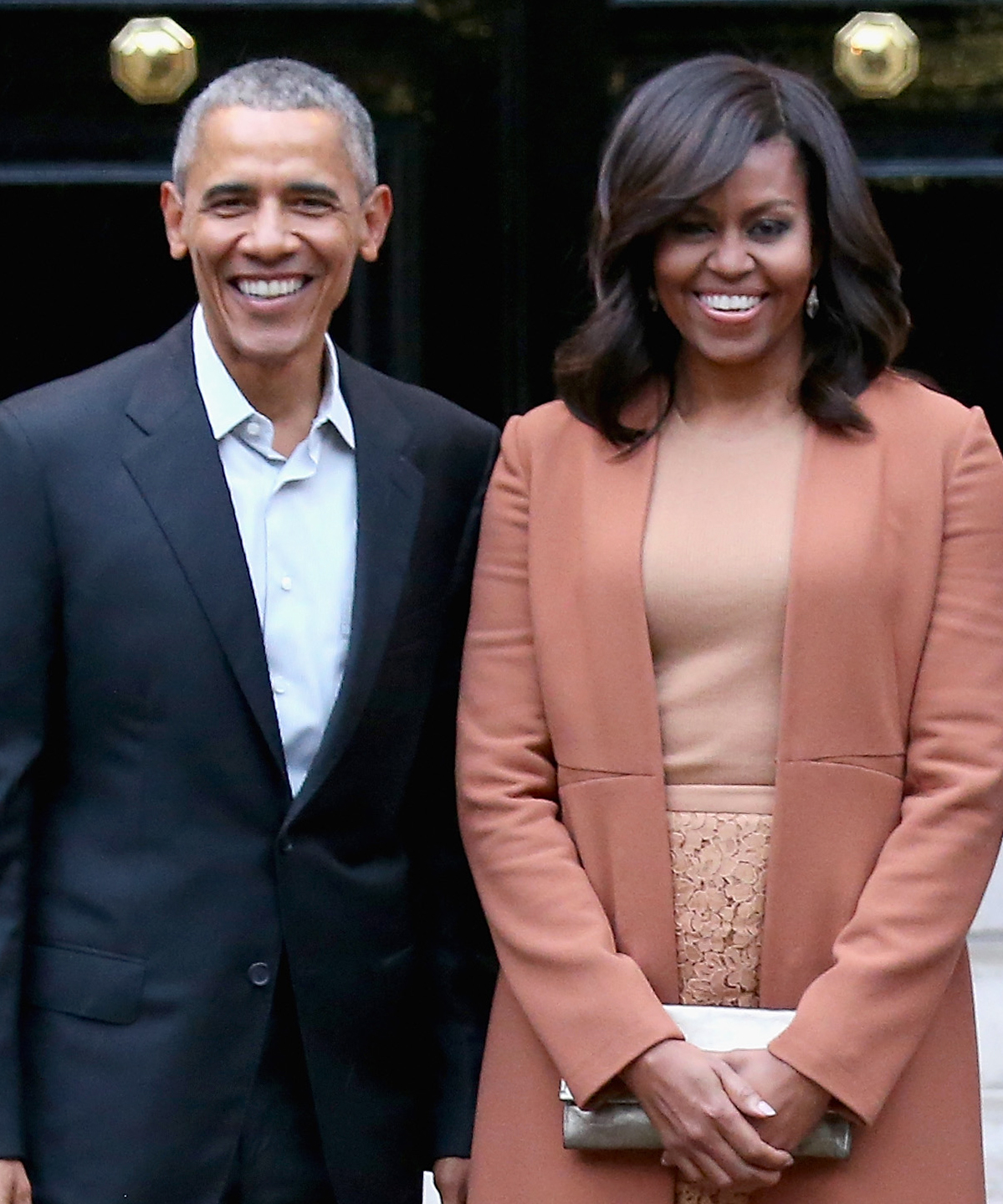 Barack and Michelle Obama Still Write Responses to White House Fan Mail