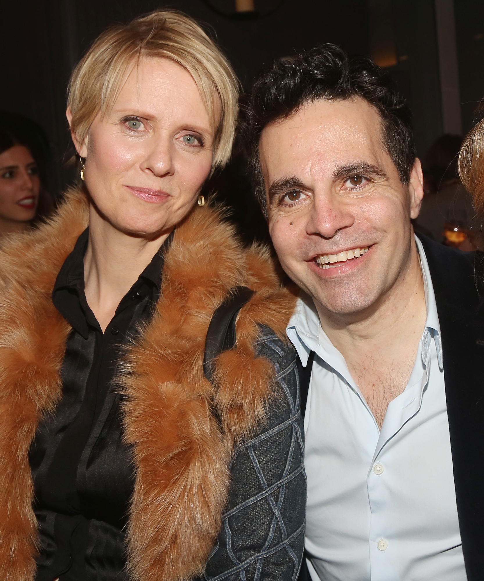 <p>Cynthia Nixon, Mario Cantone Evening at The Talk House - EMBED</p>
