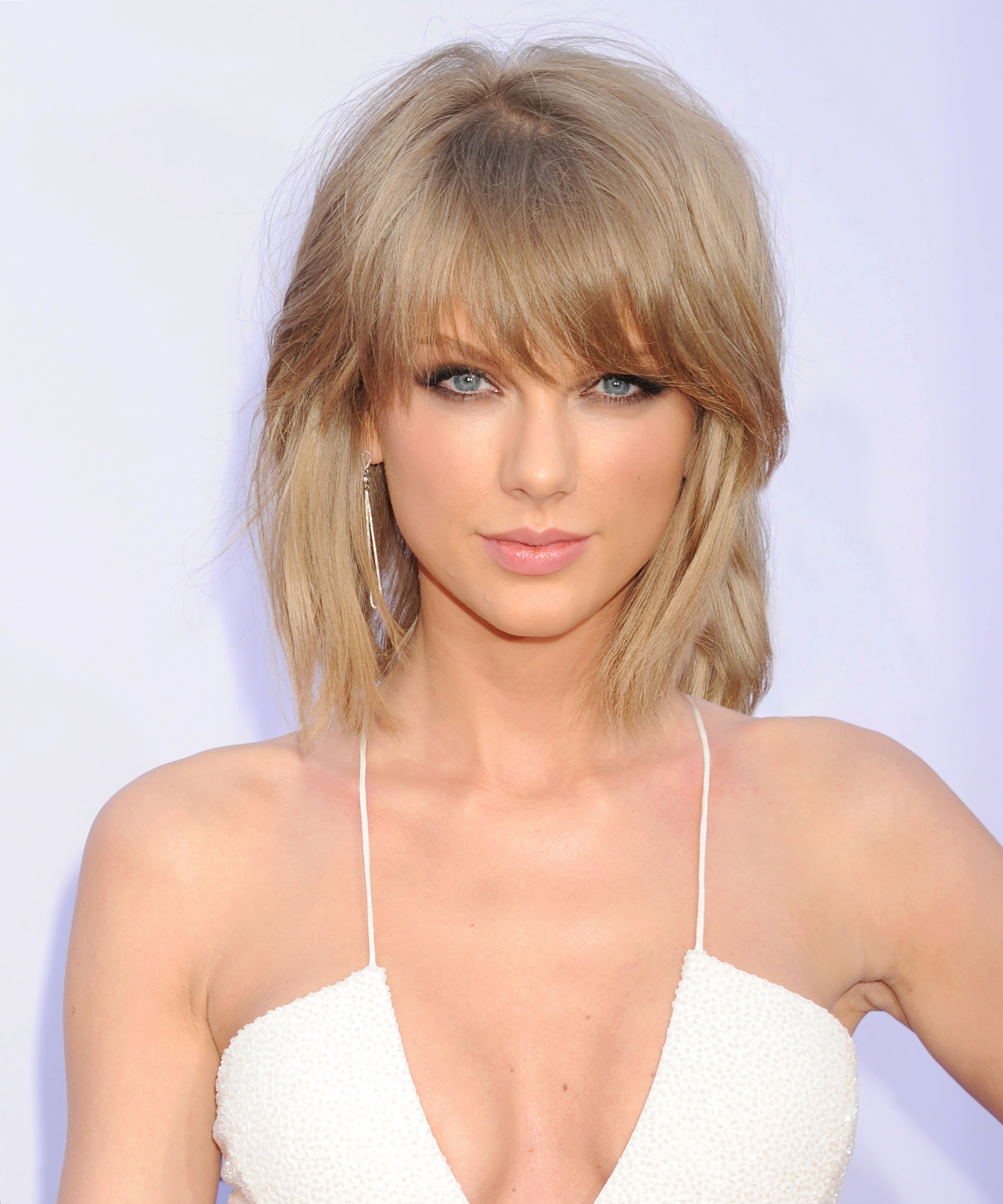Taylor Swift Secretly Shared Her Full Album with 500 Fans—Here's What They're Saying