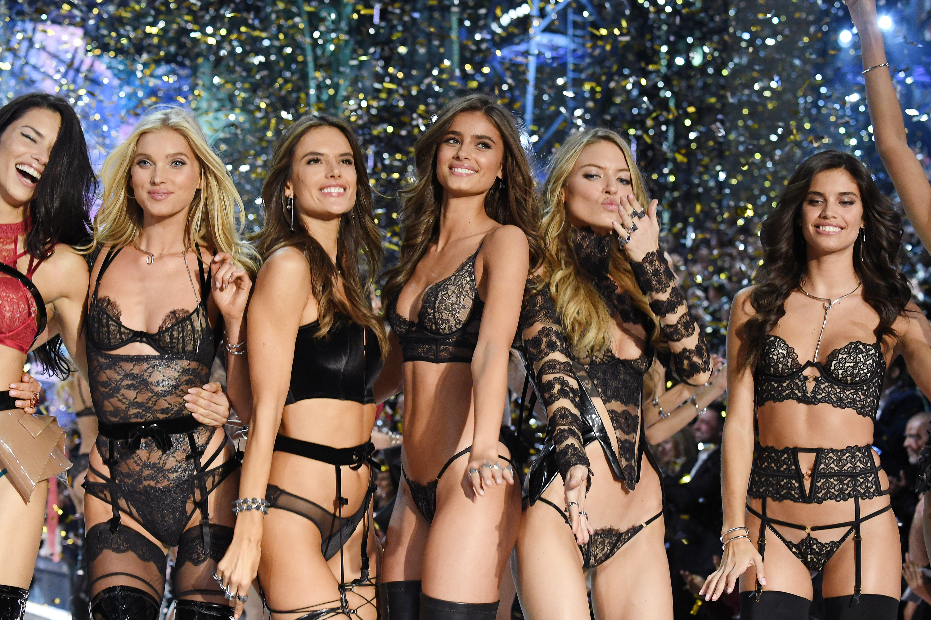 5 Victoria's Secret Angels on the 1 Thing They Wouldn't Go To Coachella Without