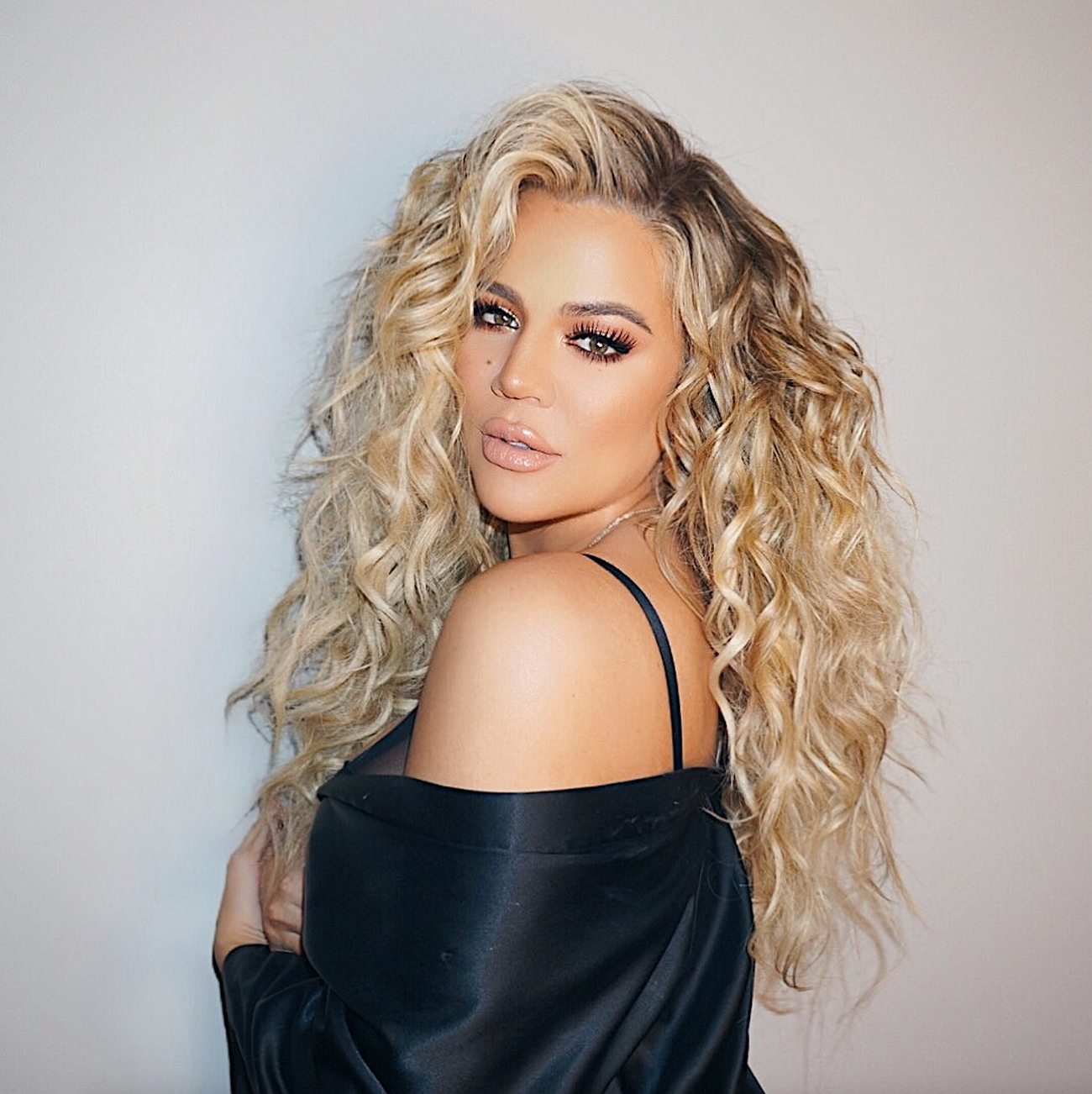 This Is Why Khloé Kardashian's Hair Has Been Getting ...