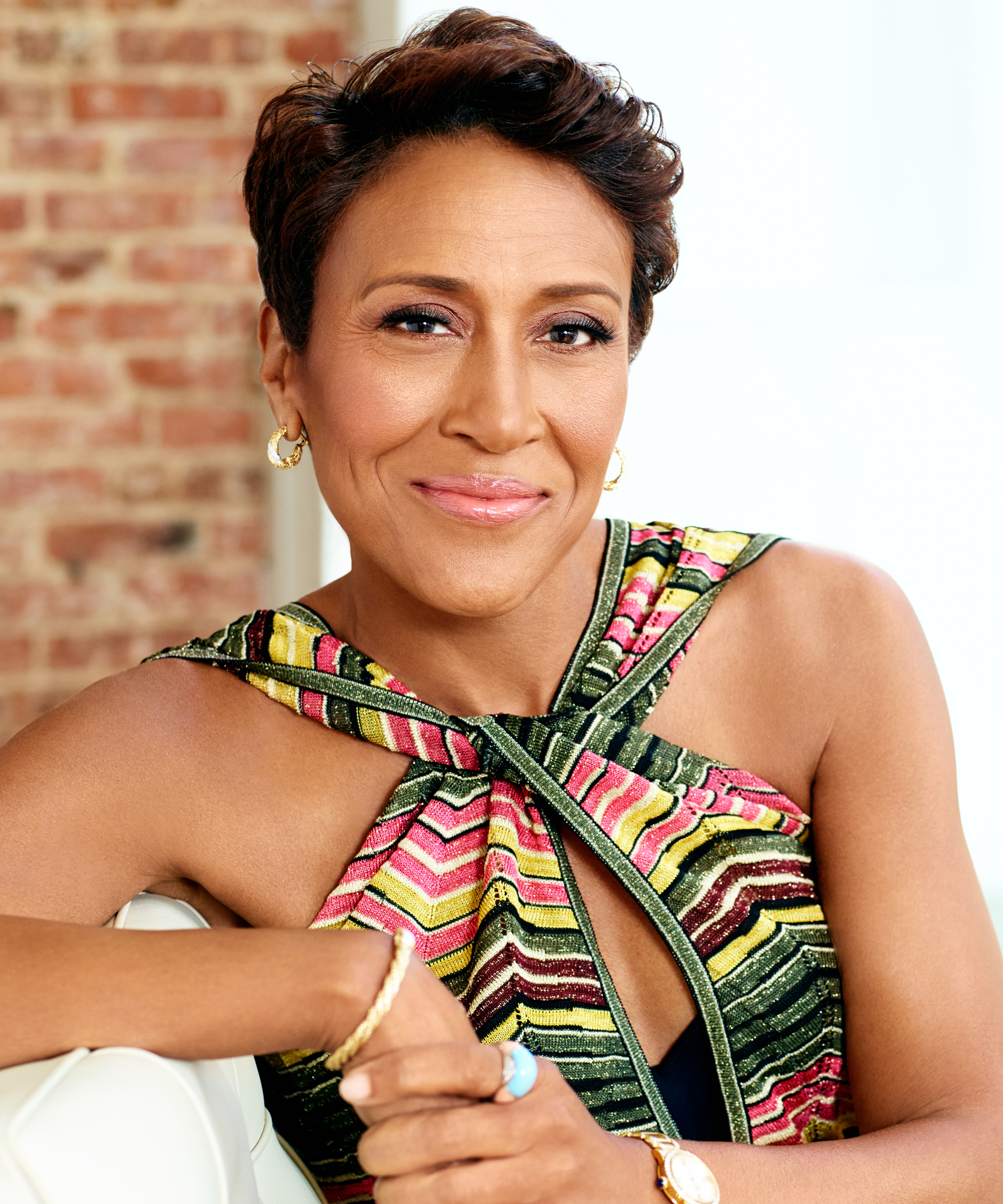 The Story Behind Robin Roberts's Signature Haircut Shows How Far We've Come