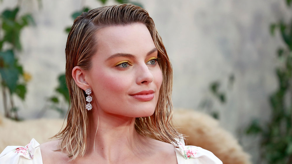 The '80s Hair and Makeup Trends Everyone Is Wearing Right Now