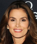 Cindy Crawford Is More Beautiful Than Ever in New Makeup-Free Selfie