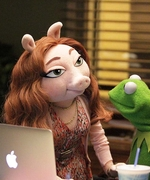 First Photos: Meet Kermit the Frog's New Girlfriend, Denise