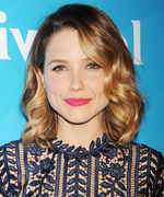 Sophia Bush: How I Wash My Face
