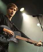 This Is How British and American Music Festivals Are Different, According to George Ezra