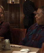 Brie Larson Gets Charmed by Kenan Thompson in SNL Promos