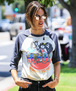 This Is the Off-Duty T-Shirt Celebrities Love for Summer