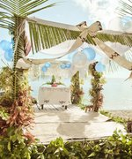 Everything You Need to Know Before YouRSVPto a Destination Wedding