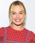 Margot Robbie Wore Her Mom's Vintage Wedding Gown to Tie the Knot