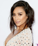 7 Times Shay Mitchell Gave Us Serious Braid Envy
