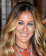 """Sarah Jessica Parker Is in """"Biscuit Heaven"""" in London—See All of Her Favorite Snacks!"""