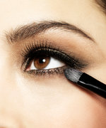 5 Brilliant Blending Brushes for a Stellar Smoky Eye