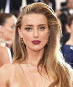 Amber Heard Is Red-Haired and Unrecognizable in New Aquaman Photo