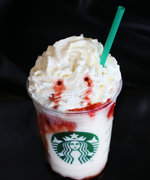 "Starbucks's Spooky ""Frappula"" Frappuccino Will Get You in the Halloween Spirit"