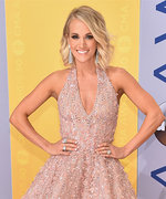 The Hottest Looks from the 2016 CMA Awards Red Carpet
