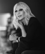 11 Surprising Revelations About Donatella Versace
