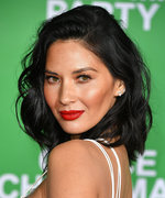 Olivia Munn Schools Us on How to Pop a Pimple