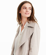 5 Trench Coats to Shop During Club Monaco's President's Day Sale