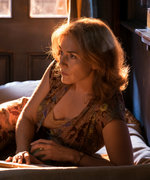 Kate Winslet Lights Up the Screen in Wonder Wheel: Review