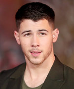 Nick Jonas's Family Had the Cutest Reaction to His Golden Globe Nomination