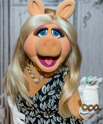"Miss Piggy: ""Look Fashion Icon Up In The Dictionary, I Am It!"""