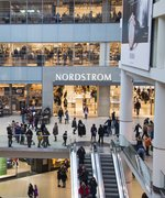 Nordstrom's Black Friday Sale Has More Than 80 Free Beauty Samples