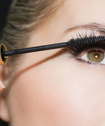 This Genius Makeup Trick Totally Eliminates Mascara Smudges