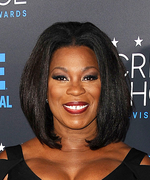 <em>Orange Is the New Black</em>'s Lorraine Toussaint Shares the Secret to Taking a Good Photo