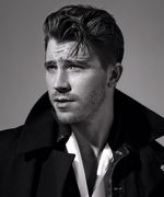 Garrett Hedlund Is the Most Handsome Hook Ever in Pan