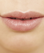 6 Signs You're Addicted to Lip Balm
