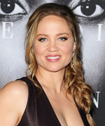 Erika Christensen Shows Off Her Baby Bump on Picturesque Hawaiian Vacation