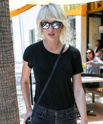 Has Taylor Swift Ever Looked This Cool? Her Latest Street Style Outfit Is a Winner