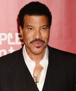 Lionel Richie Is Launching Makeup—Yes, Really