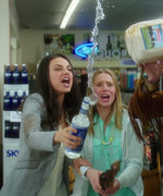 Mila Kunis and Kristen Bell Are Bad Moms in Their Hilarious New Movie Trailer