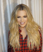 How Khloe Kardashian Makes Her Foundation Look Perfectly Airbrushed