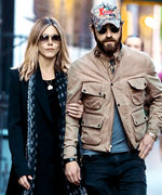 Jennifer Aniston and Justin Theroux Coordinate for a Low-Key N.Y.C. Date Night