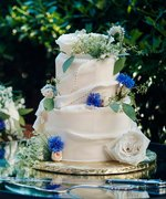 7 Ways to Prevent a Wedding Cake #Fail
