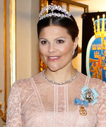 Your Tiara Treat: The Romantic Backstory to Princess Victoria's Laurel Wreath Tiara